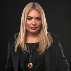 [Moderator] Simona  Pirtea