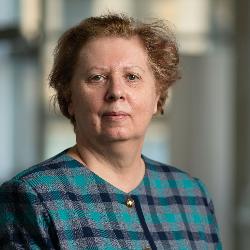 Dr. Ileana Brinza