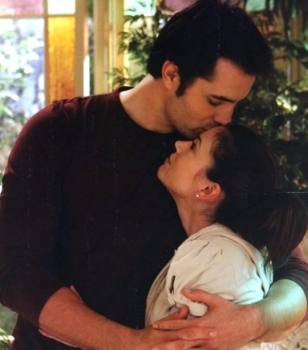 coop and phoebe from charmed