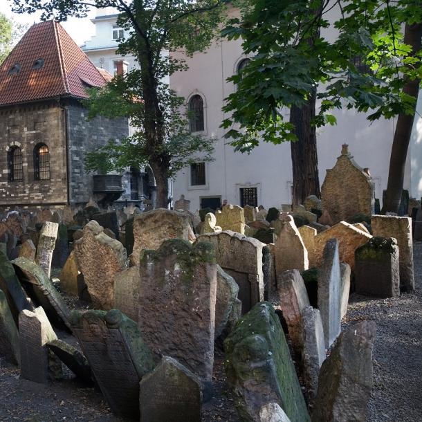בית הקברות היהודי העתיק בפראג | בית הקברות היהודי העתיק פראג