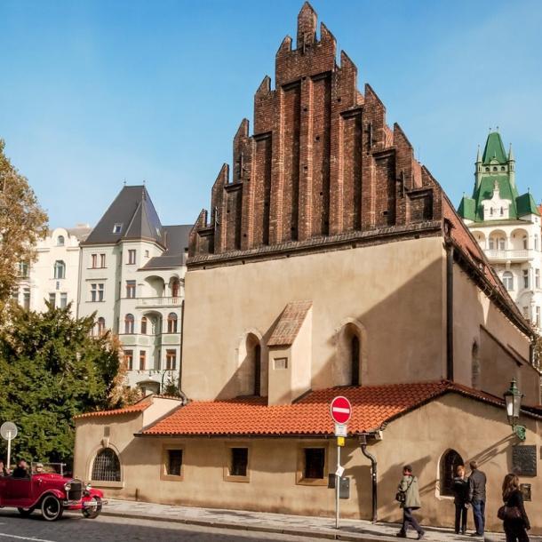 בית הכנסת הישן חדש בפראג   אלטנוישול פראג   בתי כנסת בפראג