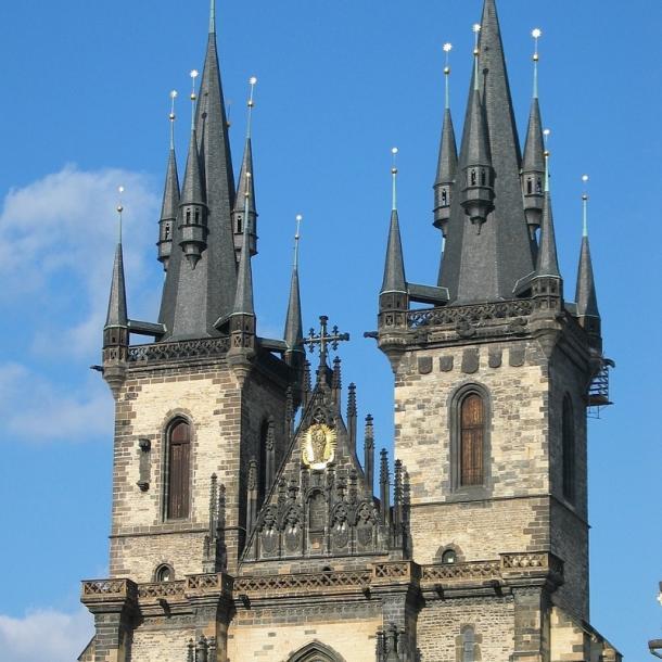 כנסיית גבירתנו לפני טין   קתדרלת טין   כנסיית טין   כנסיית גבירתנו שלפני טין