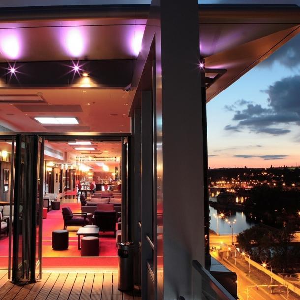 מלון הילטון פראג חוות דעת | מלונות בפראג עם קזינו | בתי מלון בפראג 5 כוכבים