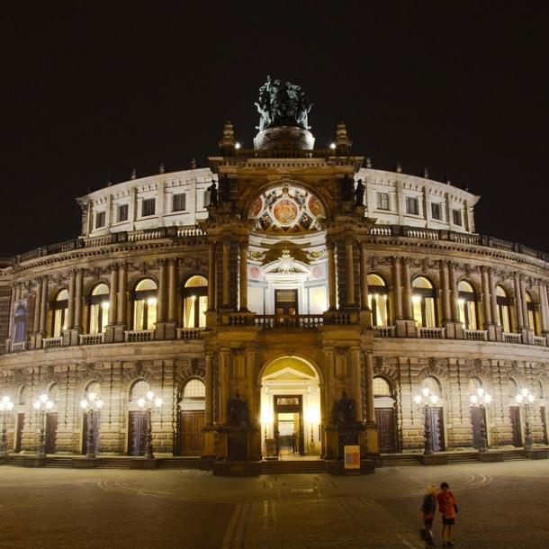 זמפר-אופרה | האופרה הממלכתית הסקסונית של דרזדן | זמפר אופרה