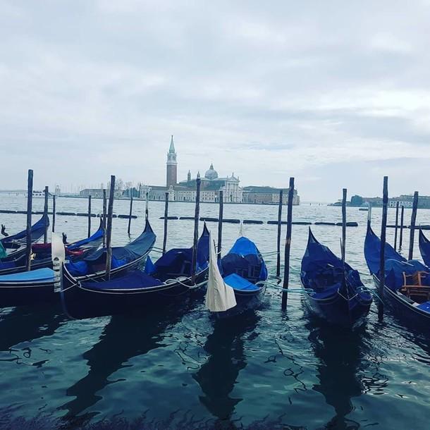 בוקר טוב, וונציה