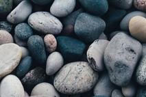 12 אבנים