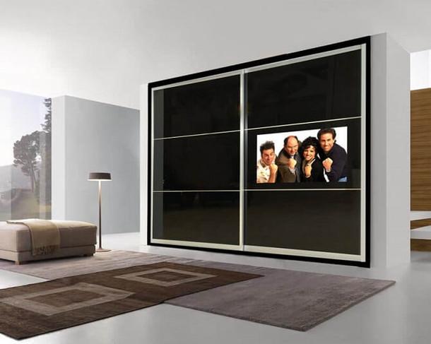 ארון הזזה משולב טלוויזיה