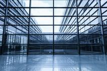 מהו קיר מסך וכיצד הוא יכול לשרת גם את המבנה שלכם?
