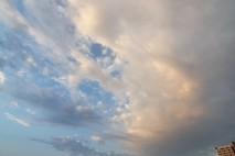 צבעת את השמיים בכחול