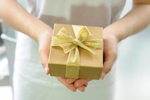 מתנת יום הולדת