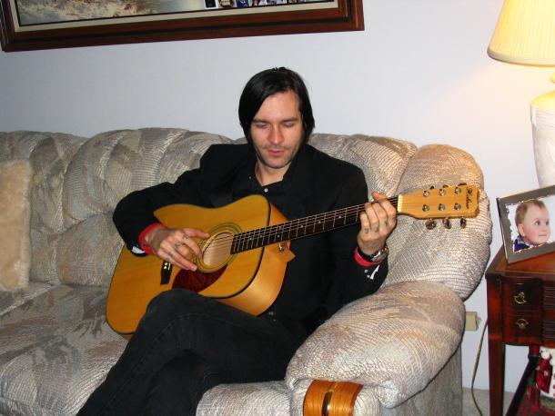 אני יודע לנגן את יונתן הקטן עד החלק של יונתן