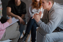 איך מטפלים היום בהפרעת התנהגות במסגרת פנימיה?