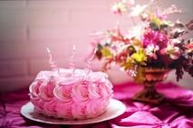 עוגת שוקולד ליום הולדת - רעיונות וטיפים