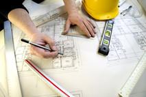 לבנות בית חדש ולהישאר בחיים