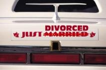 בלילה נשואים - בבוקר גרושים