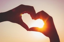 אני רוצה אהבה.