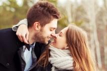 3 הדברים האלה גורמים לגבר לרצות להתחייב אלייך