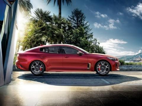 Kia Stinger Gt 2018 Price Specs Motory Saudi Arabia