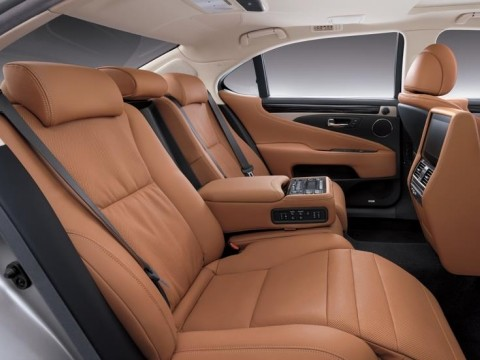 New Lexus LS 460L AD 2017 Car In Saudi Arabia