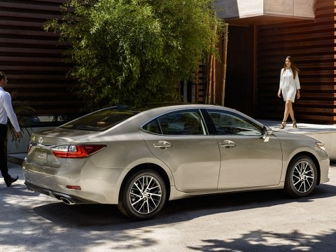 lexus es 350 ca 2017 price specs motory saudi arabia. Black Bedroom Furniture Sets. Home Design Ideas