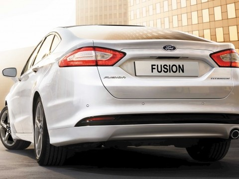 ford fusion ambiente 2017 price specs motory saudi arabia. Black Bedroom Furniture Sets. Home Design Ideas