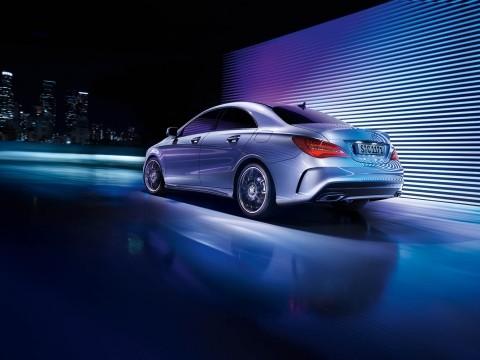 Mercedes-Benz CLA 250 4MATIC 2017 Price & Specs | Motory