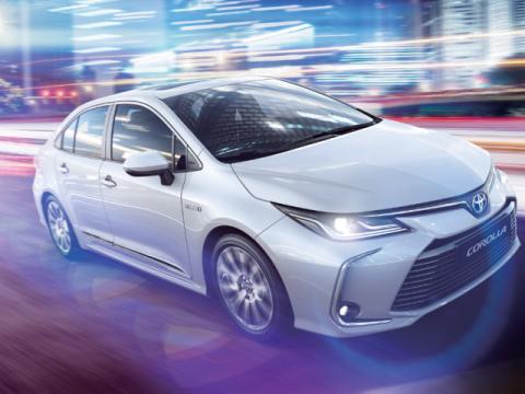 Toyota Corolla Xli Hybrid Executive 2020 Price Specs Motory Saudi Arabia