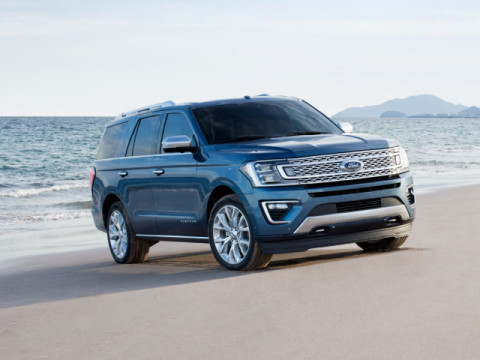 Ford Expedition Xlt 4x4 2019 Price Specs Motory Saudi Arabia