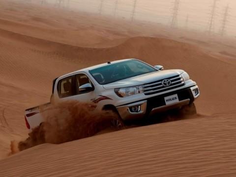 Toyota Hilux Sglx2 2 7 4x4 A 4d 2016 Price Amp Specs Motory Saudi Arabia