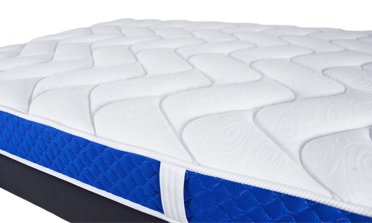 matelas mousse m moire de forme bleu royal matelas pas. Black Bedroom Furniture Sets. Home Design Ideas