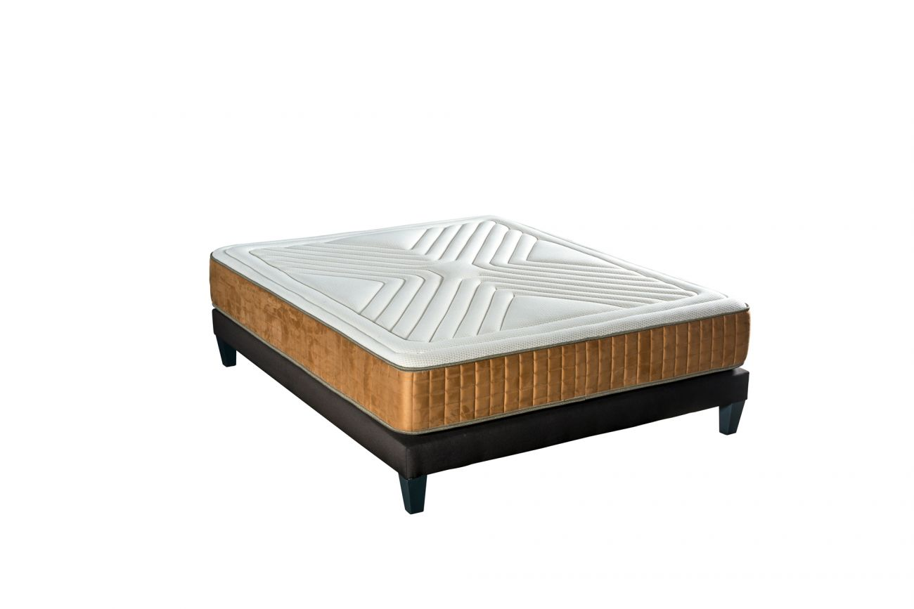 https://s3.eu-central-1.amazonaws.com/neorev/1300-3450matelas-golden.jpg