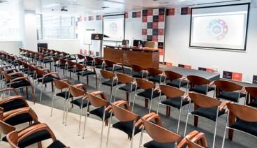 Sala de reuniones - Actos (max 90 personas)_img