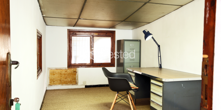 Dedicated office for designers, artists and architects_image