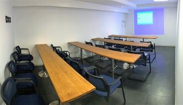 Sala multiuso para formación, clases, espectáculos, talleres, charlas de negocio, reuniones_img