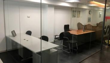 Despacho individual en la zona VIP para media jornada_img