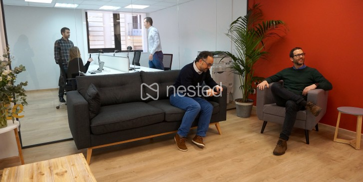 Nested oficina 4 personas for Ups oficinas barcelona