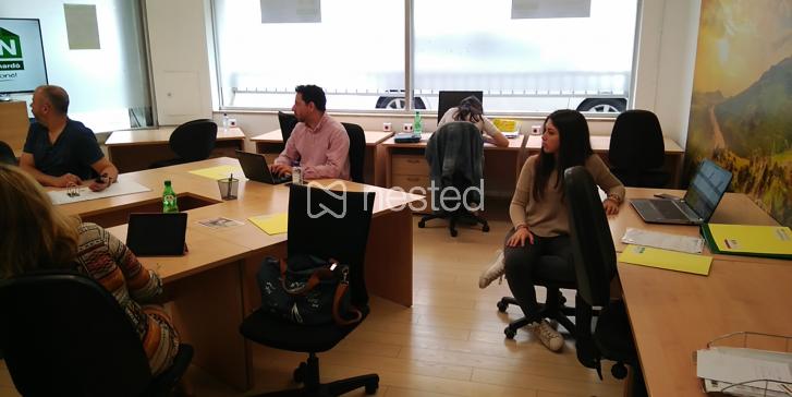 Mesas de trabajo Guinardó_image