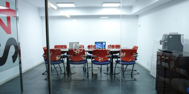 Oficina individual en la Dreta del Eixample a precio de ganga_image