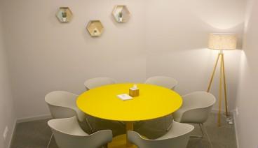 Sala Amarilla - Sala de Reuniones hasta 6 personas_img