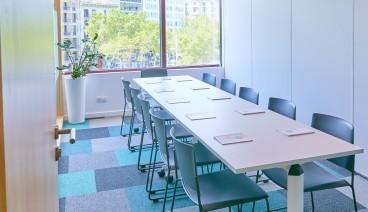 Sala II con capacidad para 10 personas_img