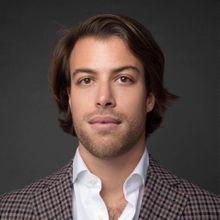 Person avatar: Claudio de Giovanni