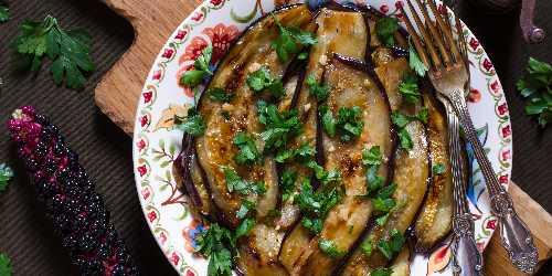 Berenjena con salsa de soja y miel