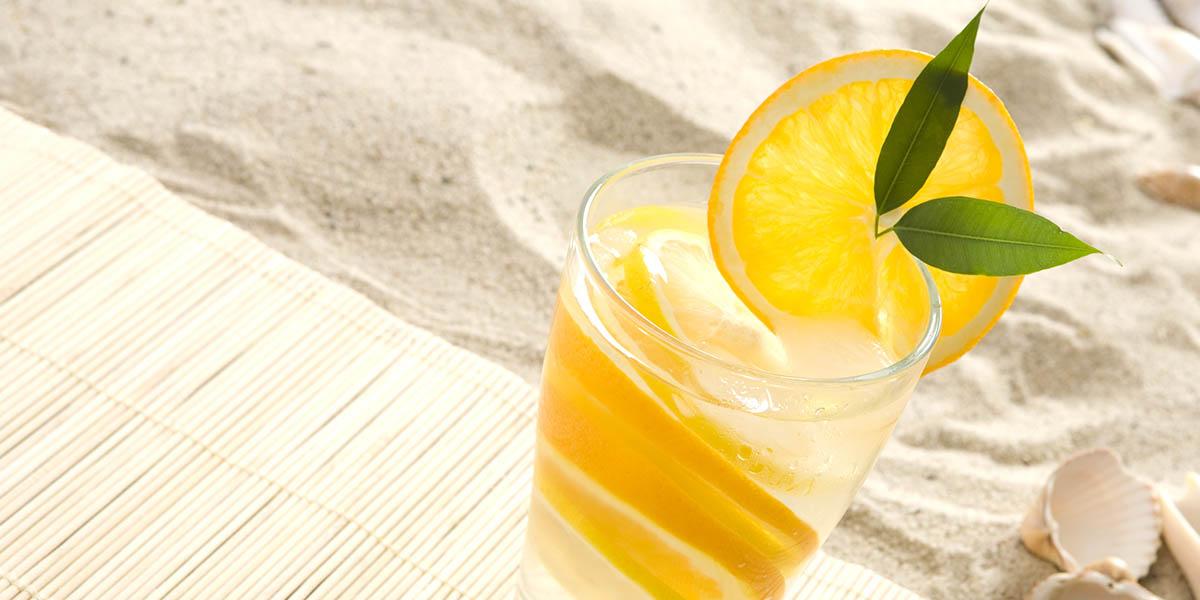 ¿Te aburre beber agua? ¡3 consejos para mantener el cuerpo hidratado!