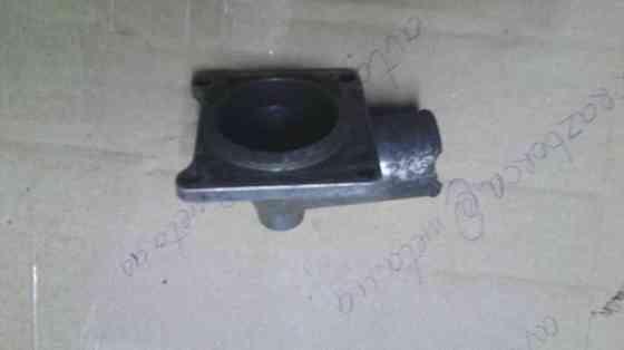 Кришка термостату 90067924 Опель 2.3д оригінал 90080429 Вінниця
