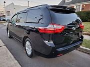 Toyota Sienna Xle 2016 - топовый минивен из Америки Київ