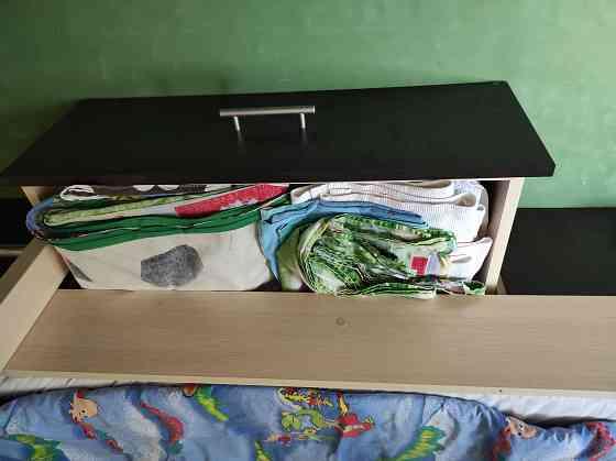 Продам двухьярусную кровать Харків