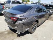 Toyota Camry SE – люкс класс для Вас Київ
