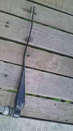Кронштейн заднього склоочисника 331955709A Фольксфваген оригінал Вінниця