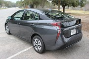 Toyota Prius – футуристический гибрид Київ