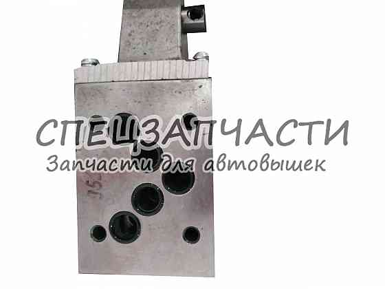 Гидрораспределитель автогидроподъемника АГП-18 , АГП-22. Харків
